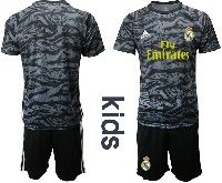 Youth 19-20 Soccer Real Madrid Club ( Custom Made ) Black Goalkeeper Short Sleeve Suit Jersey