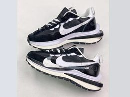 Mens And Women Sacai And Nike Regasus Vaporrly Sp Running Shoes One Color