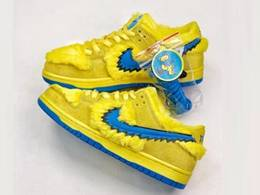 Mens And Women Rateful Dead X Nike Sb Dunk Low Yellow Bear Running Shoes One Color