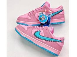 Mens And Women Grateful Dead X Nike Sb Dunk Low Yellow Bear Running Shoes One Color